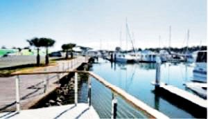 marina berth lease for sale or rent 53771 001