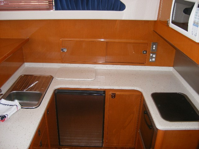 thomascraft 40 flybridge cruiser 45909 009
