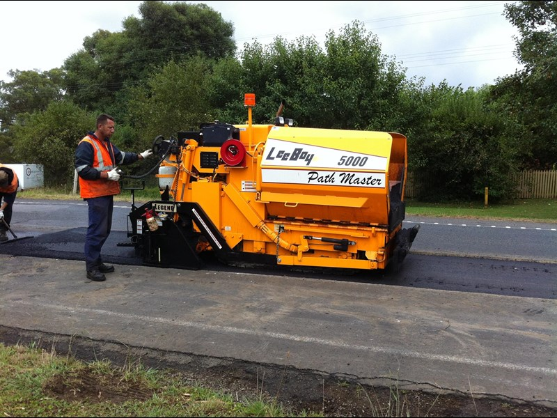 leeboy 5000 mini paver 48124 001