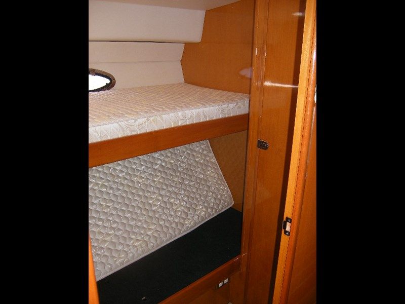thomascraft 40 flybridge cruiser 45909 013