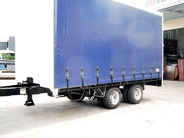 unknown 2 axle pig trailers on air bag tautliners 71038 001
