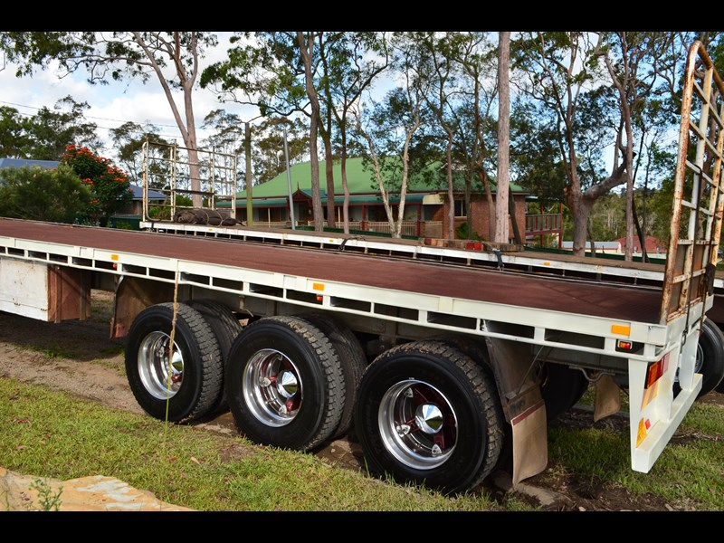 lusty 41ft tri axle flat top 76379 001