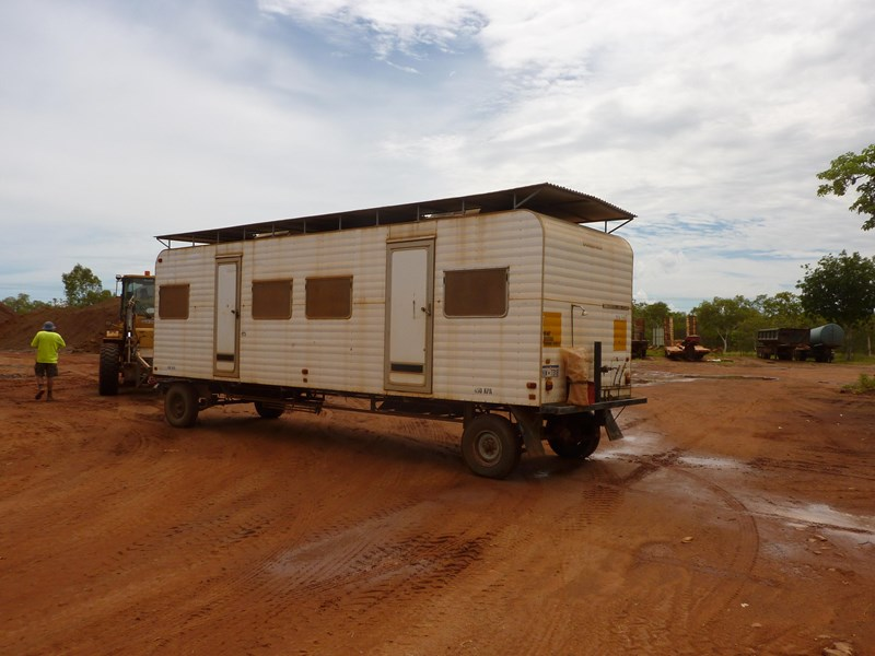 custom built accommodation caravan 81012 001