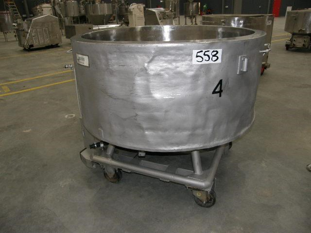 stainless steel jacketed tank 700lt 80108 001