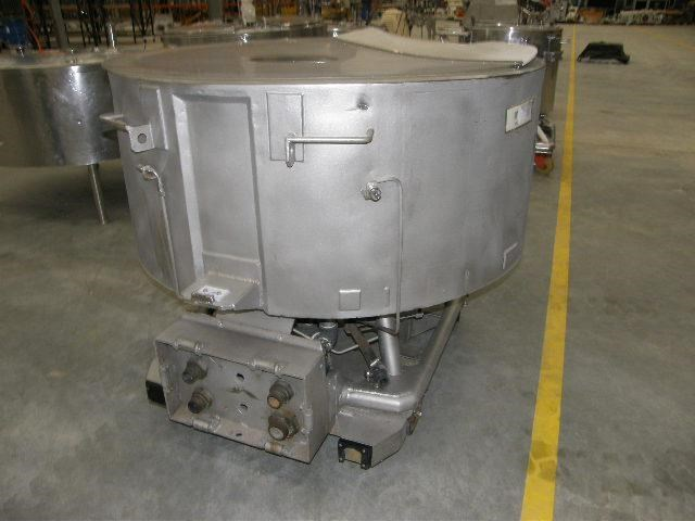 stainless steel jacketed tank 700lt 80109 003