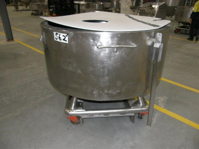 stainless steel jacketed tank 700lt 80111 001