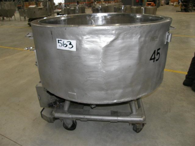 stainless steel jacketed tank 700lt 80112 001
