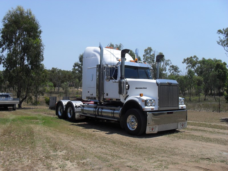western star 4964 constellation 93215 001