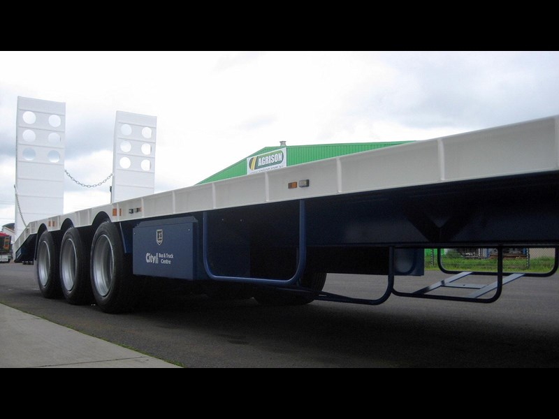 cbtc new tri / tandem & single axle tag trailers. 13648 007