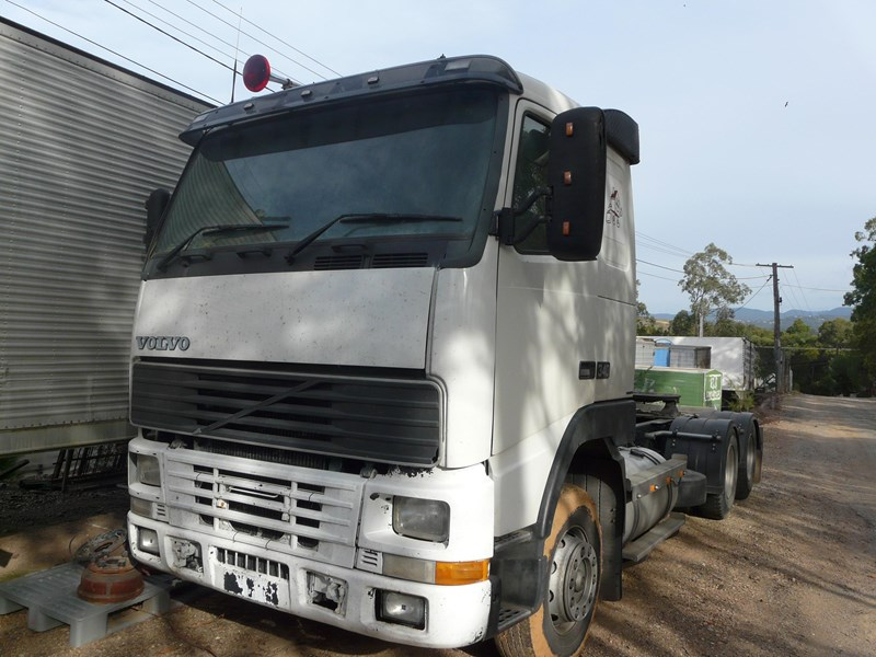 volvo fh12 106523 001