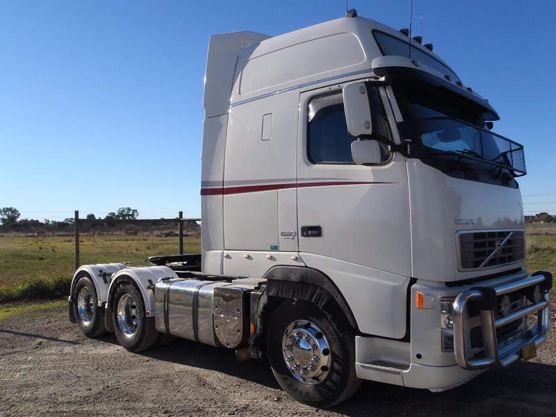 volvo fh520 107999 001