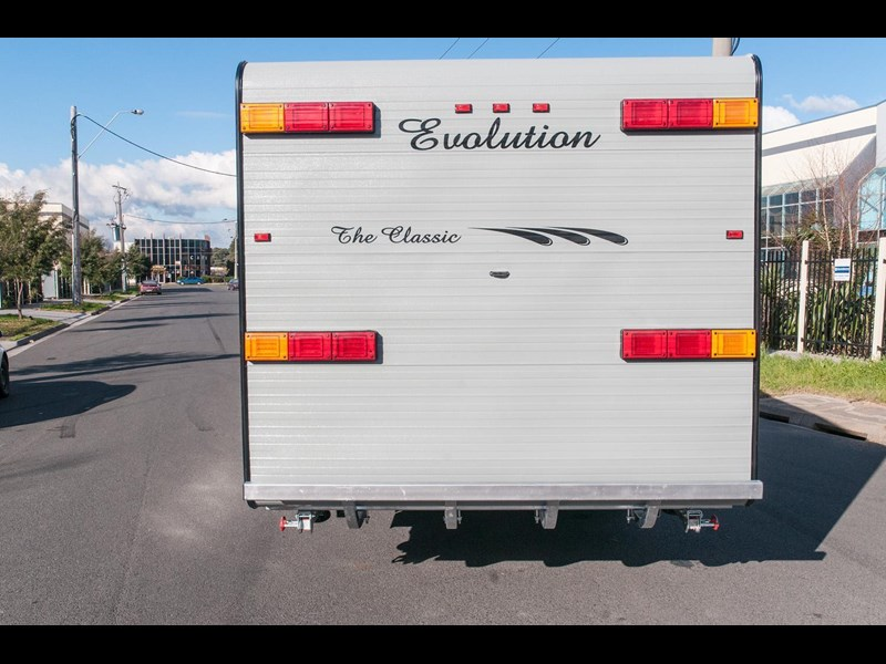 "evolution luxliner ""the classic"" 22'8"" 111693 011"