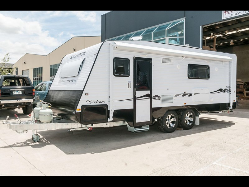 "evolution luxliner 21'8"" 111702 003"