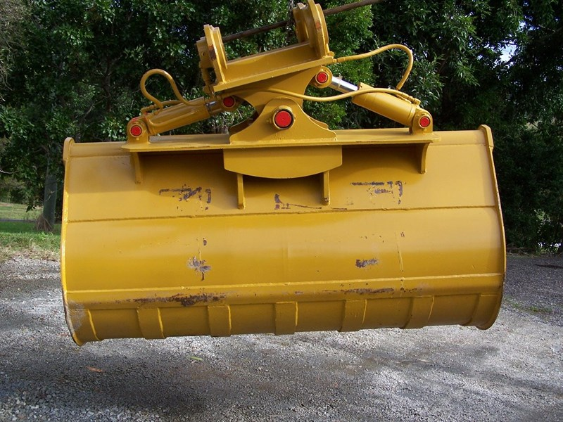 caterpillar 30-35 ton 112041 001