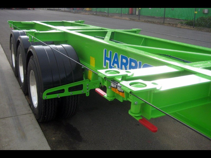harris australian built tri-axle skel - alloy rims 112974 004