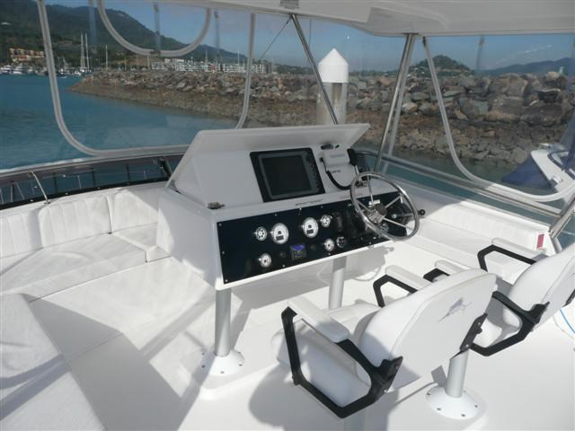 scimitar 1010 flybridge catamaran 117641 009