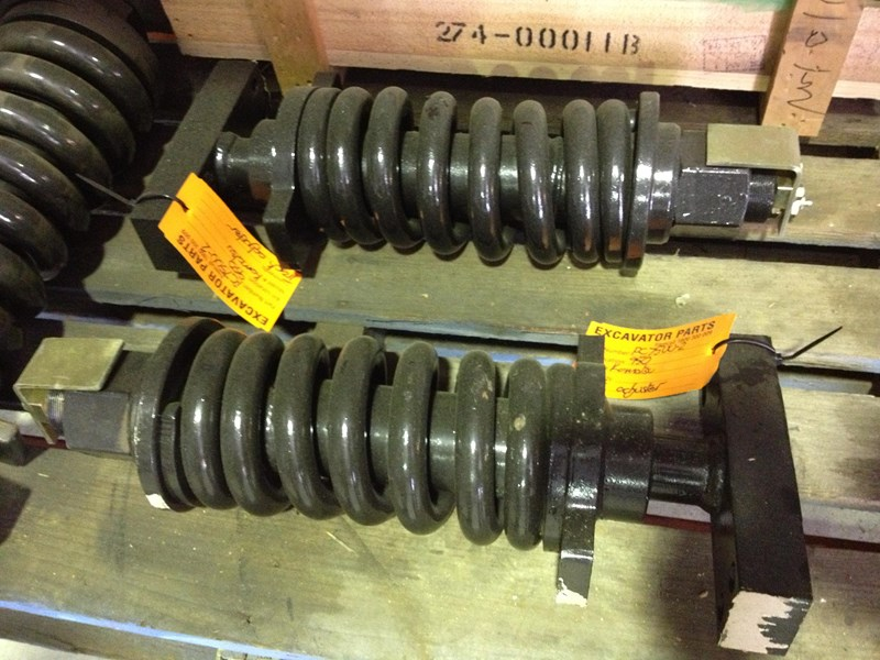 all makes assorted track adjusters 120324 007