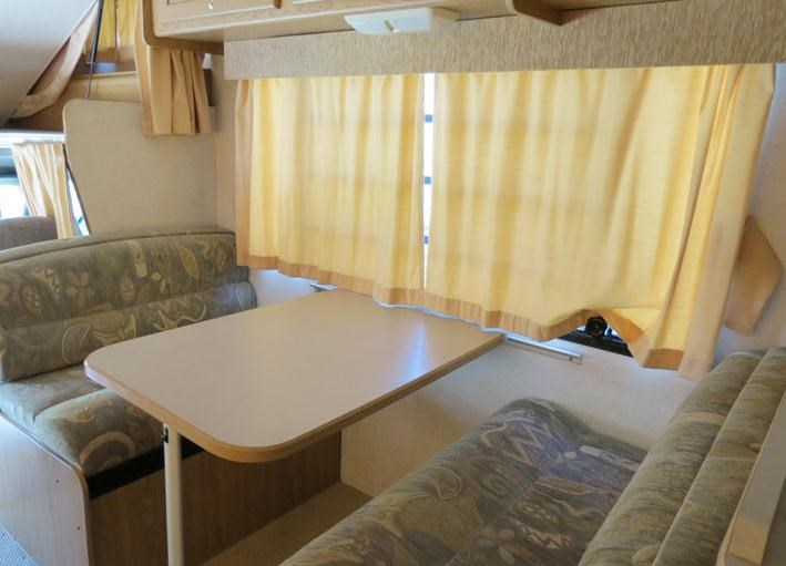 winnebago (avida) leisure seeker 121205 006