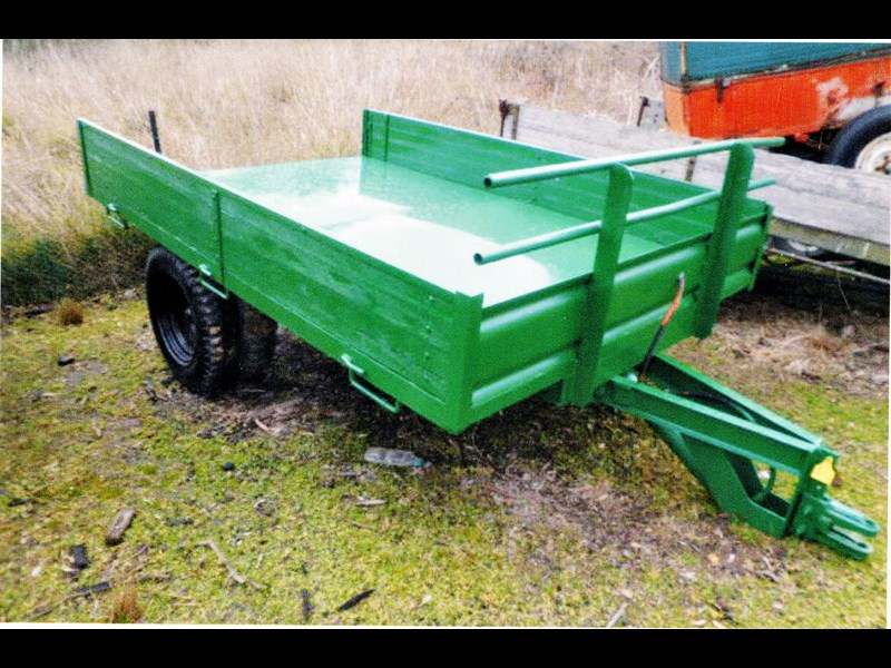 9' x 6' hydraulic tipping trailer 124041 001