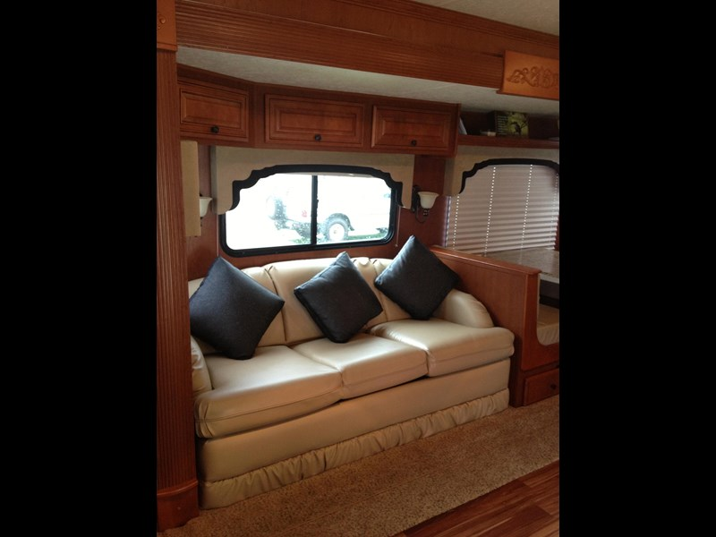 adventura winnebago 128022 009