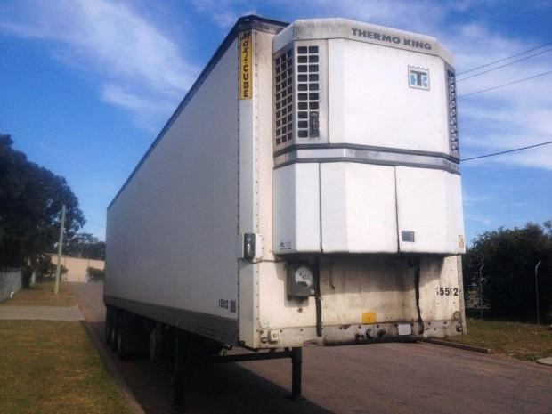 maxi-cube refrigerated van-trailer 128133 005