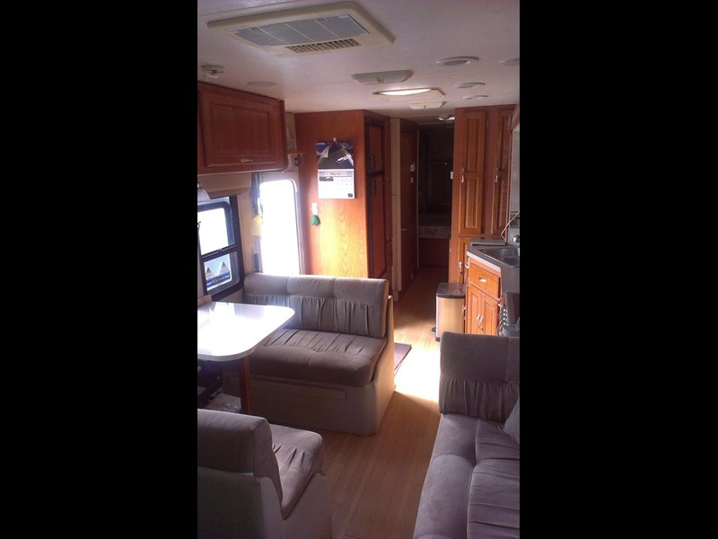 coachmen mirada 330ds 130531 005