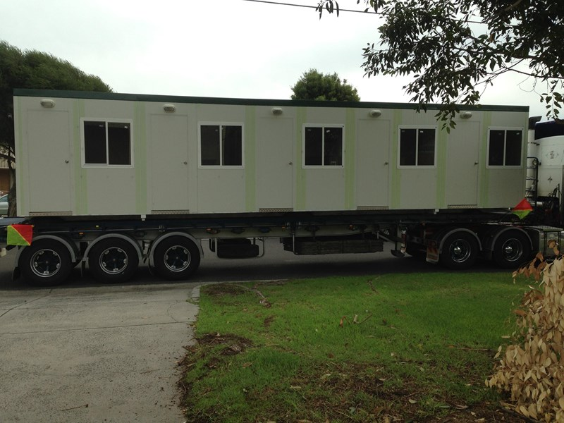 e i group portables 12m x 3m five room accommodation 132254 001