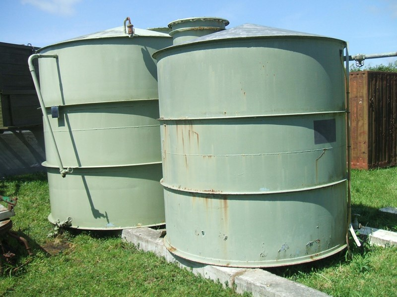 unknown storage tank 138239 001