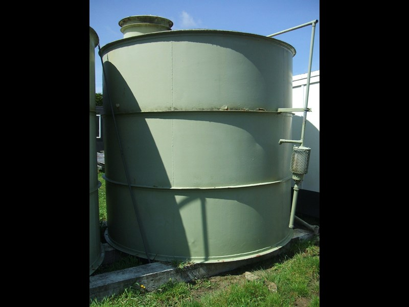 unknown storage tank 138239 003