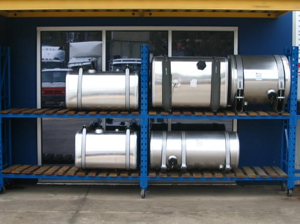 alloy tanks after market 8766 001