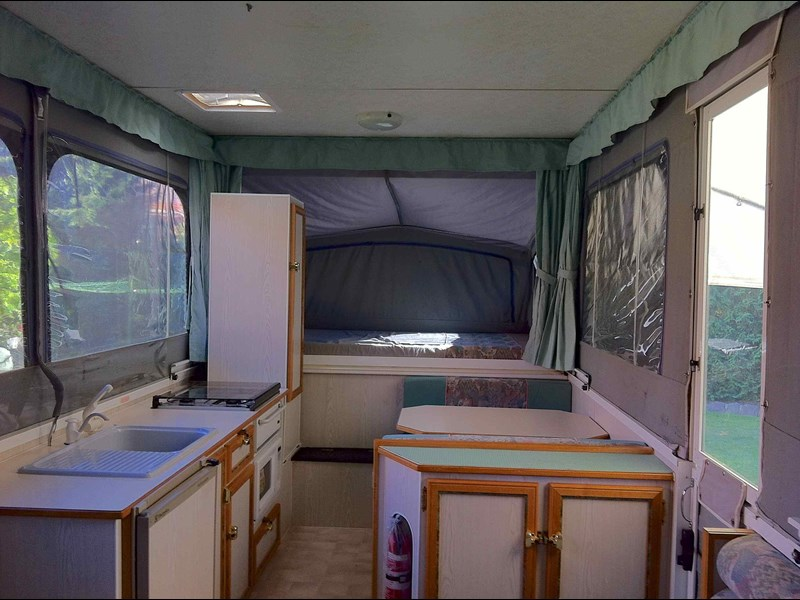 goldstream rv goldwing 141965 011