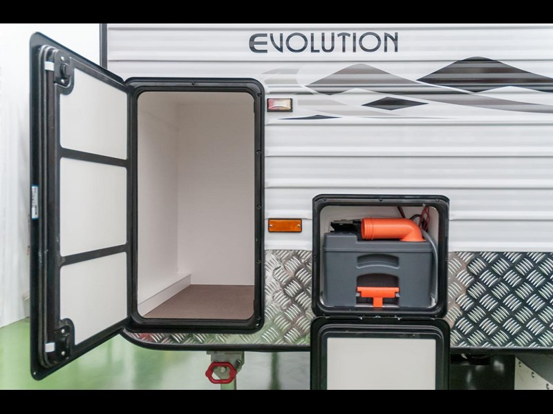 evolution luxliner 21' 145339 029