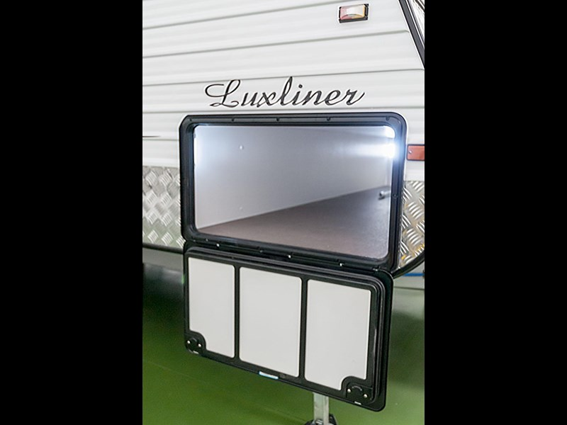 evolution luxliner 21' 145339 031