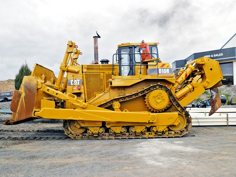 caterpillar d10r dozer 147256 001