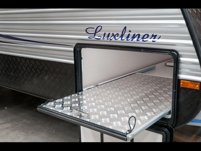 evolution luxliner 21' 148625 033