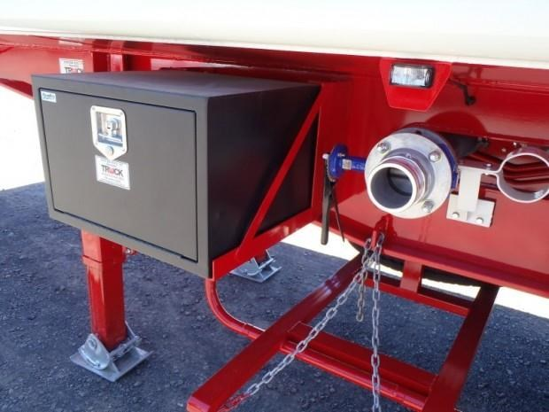 custom tanker-trailer 151643 029