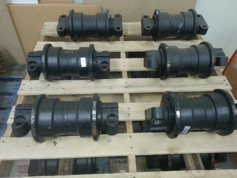 case track rollers to suit cx160 up to cx240 151670 001