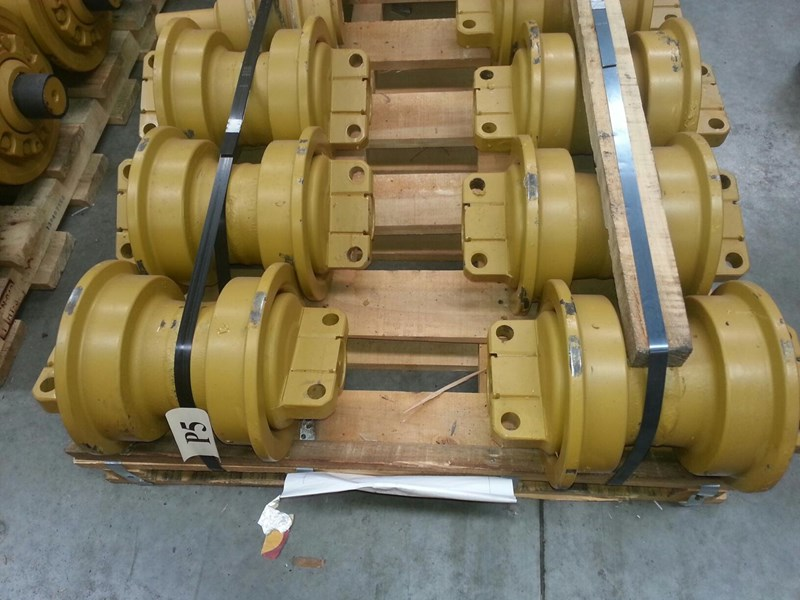 caterpillar caterpillar single flange rollers to suit cat d6h/r/t & cat 527/963. 1205746 152107 001