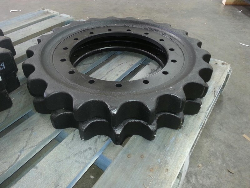 caterpillar caterpillar sprockets to suit cat 211 up to cat 314 & cat e110. 4i7472 152681 003