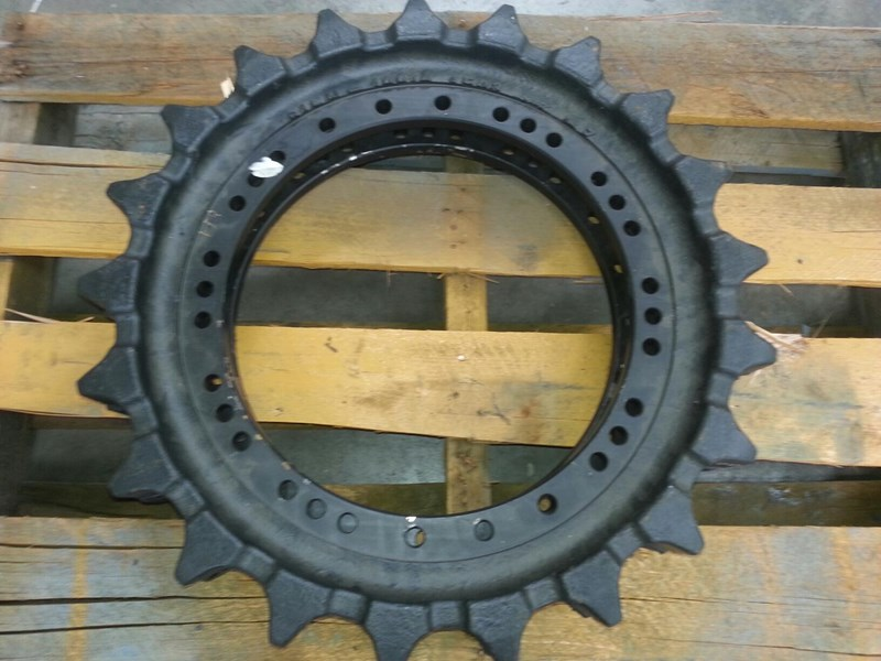 hyundai hyundai sprockets to suit hyundai r250. 81en.10012 153887 001