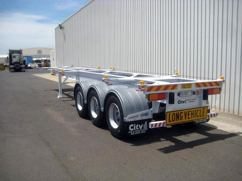 cbtc australian built low profile skel trailers 155988 001