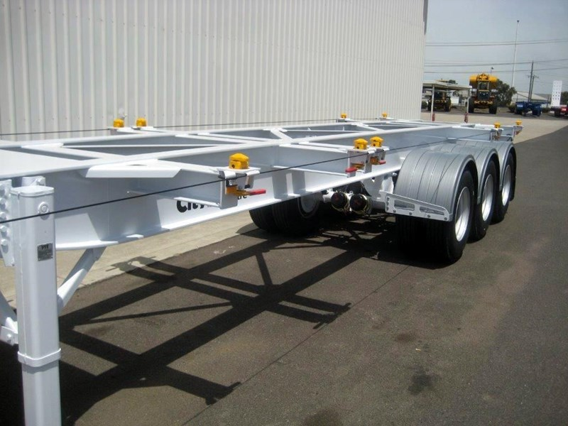 cbtc australian built low profile skel trailers 155988 013