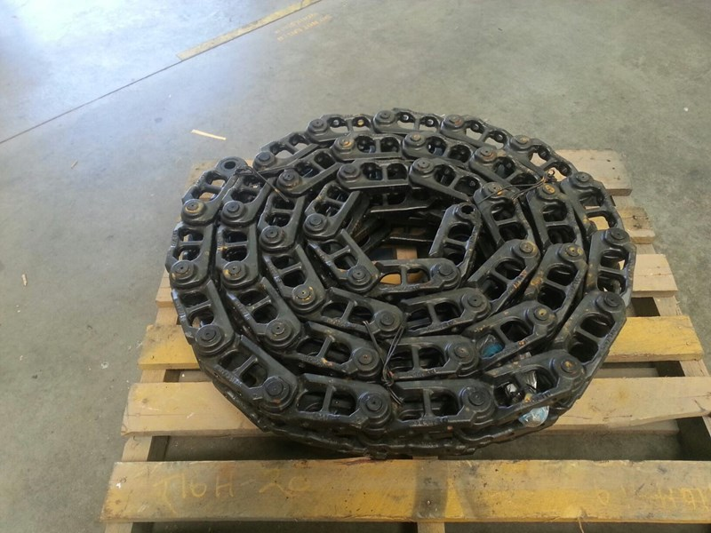 komatsu komatsu greased track chains to suit pc75uu-2,pc78us-5/6 & pc88mr-8 159851 003