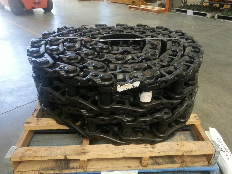 komatsu komatsu greased track chains to suit pc150 up to pc228 20y-32-00330 159654 003