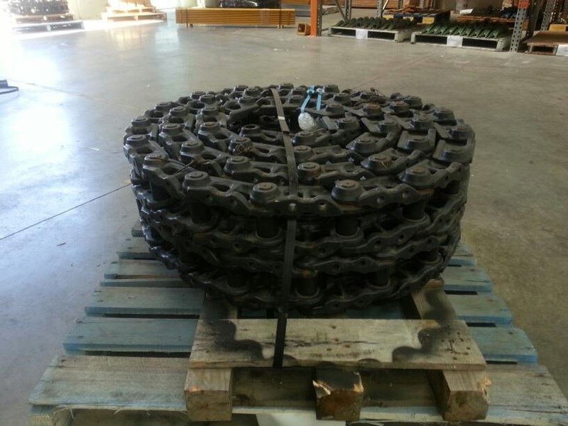 kobelco kobelco greased track chains to suit sk115,sk120 & sk130. 24100j12245f5 160513 001