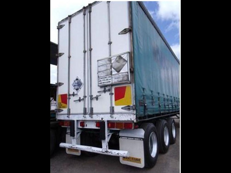 freighter tri axle 40ft curtainside trailer 164029 029
