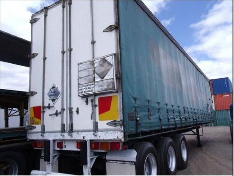 freighter tri axle 40ft curtainside trailer 164029 037