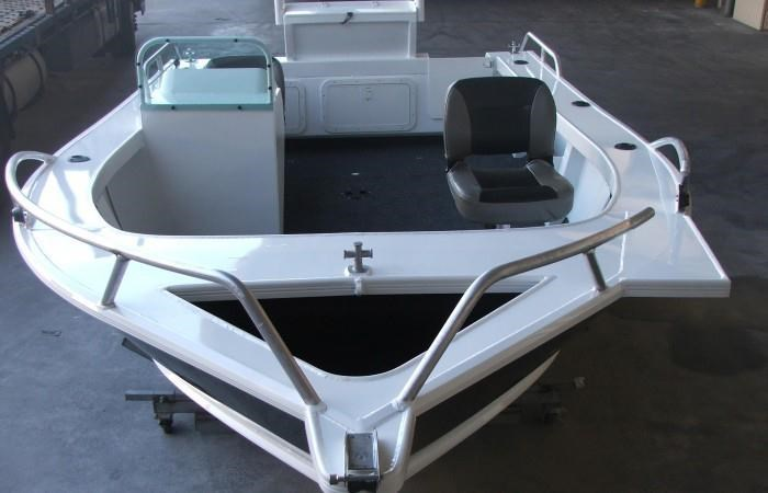 formosa tomahawk offshore 520 side console 179691 037