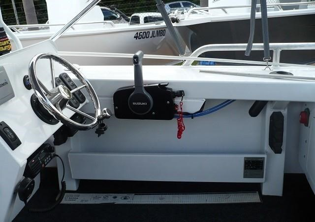 formosa tomahawk offshore 520 side console 179691 021