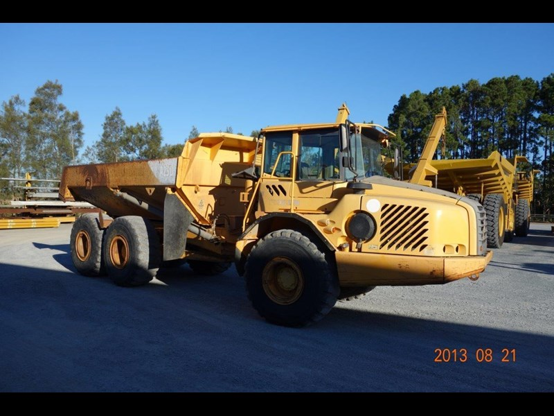 volvo a25d 188992 003
